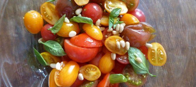 Schnell, einfach und lecker: Frischer Tomatensalat