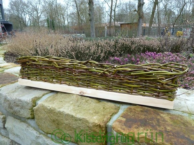 Weidenkasten: Balkonkasten aus Weiden flechten